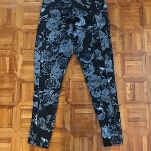 Soma legging pants size medium